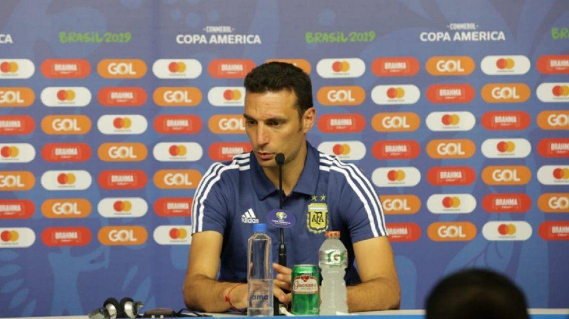El DT sigue buscando el equipo (Foto: @Argentina)
