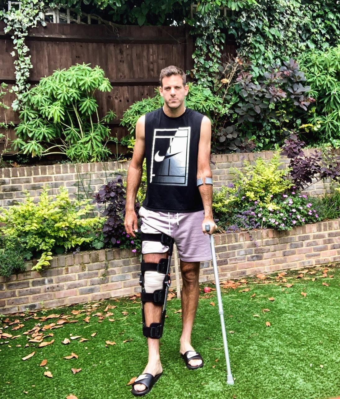 Juan Martín Del Potro volvió a fracturarse la rodilla derecha y será operado