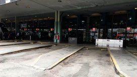 Caos en Retiro: piquete de vecinos de la villa 31 bis en el acceso a la terminal de ómnibus