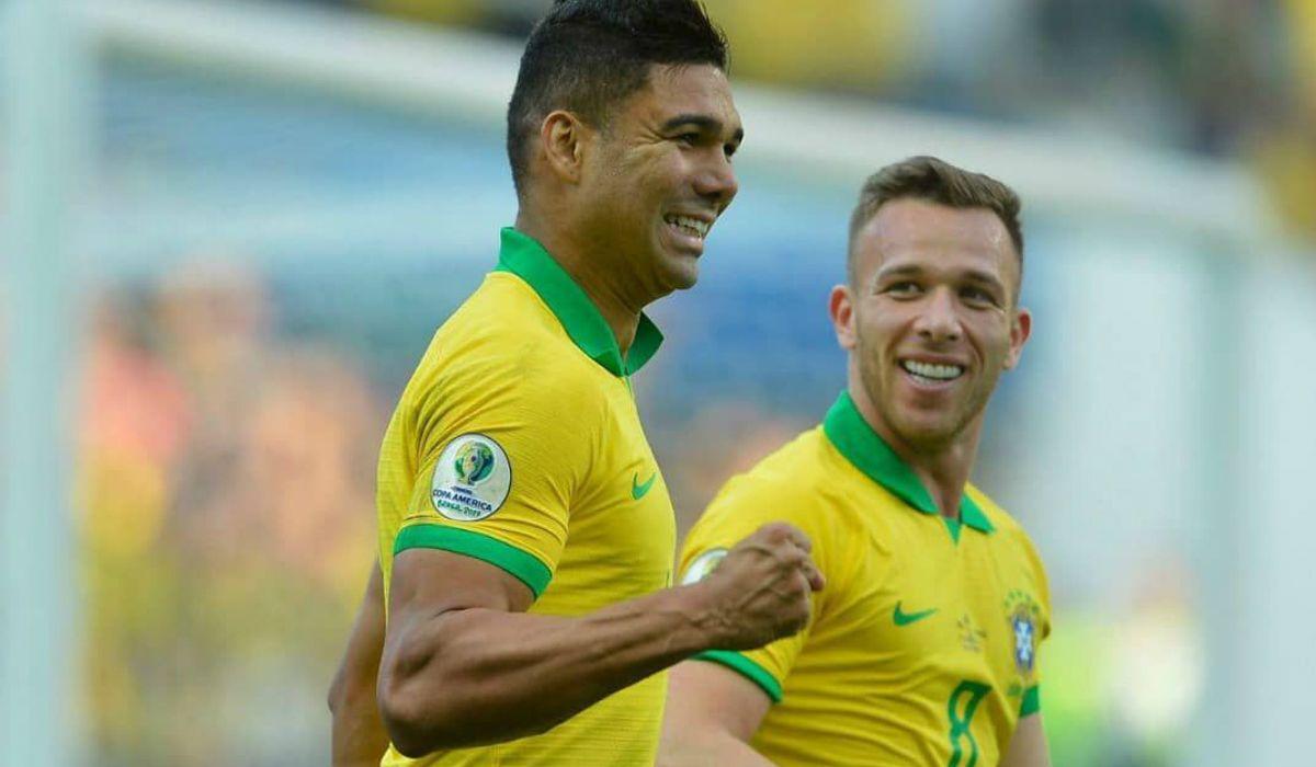 Brasil goléo a Perú y se clasificó primero en su grupo