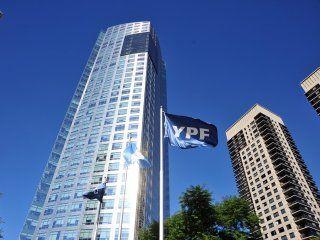 el gobierno pedira que la causa por la reestatizacion de ypf se mude a la argentina