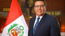 José Huerta Torres,ministro de Defensa de Perú, murió de un paro cardiaco