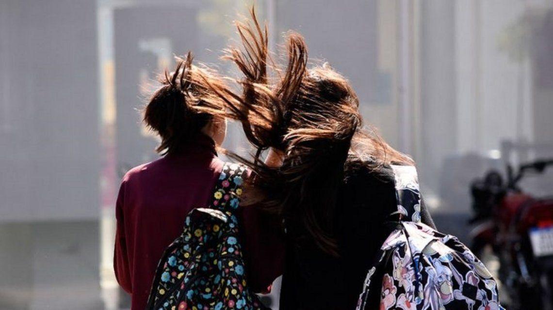 Rige un alerta por vientos intensos con ráfagas en la Ciudad y el Conurbano