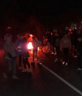 Vecinos de La Plata protestaron en las calles por los masivos cortes de luz