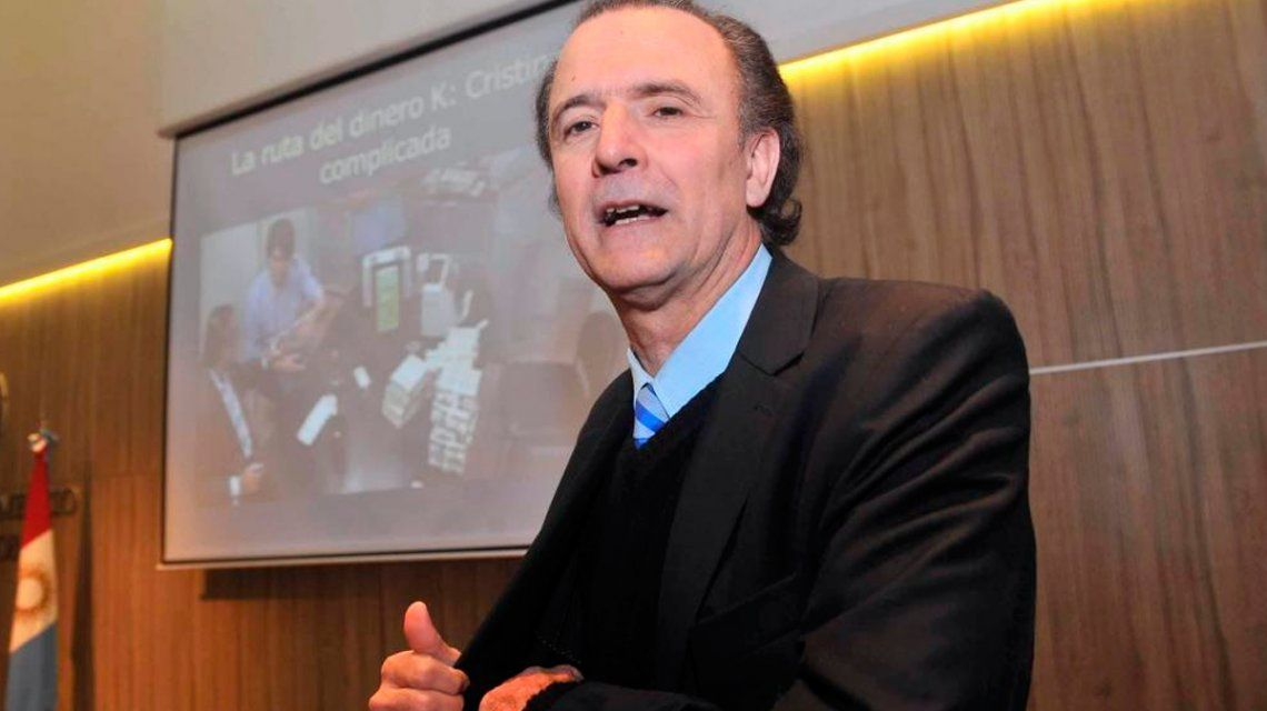 Espionaje ilegal: procesaron al periodista Daniel Santoro por extorsión