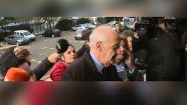 El gesto de Lavagna con un camarógrafo en la entrada de Comodoro Py