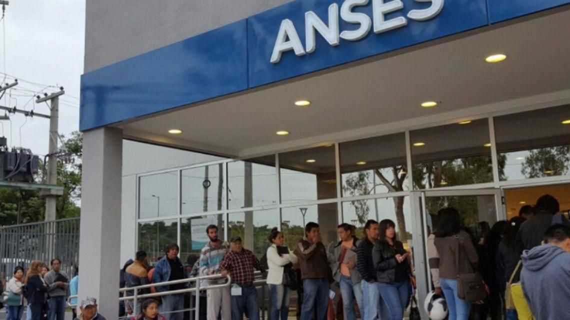 El IFE fue otorgado a 7,8 millones de argentinos que cobrarán $10.000