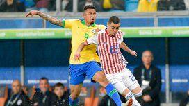 Brasil semifinalista: le ganó por penales a un aguerrido Paraguay