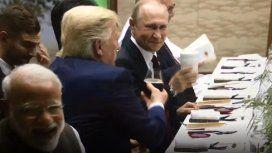 Insólito: Putin brindó con Trump en el G20 ¡y lo hizo con su propio vaso!