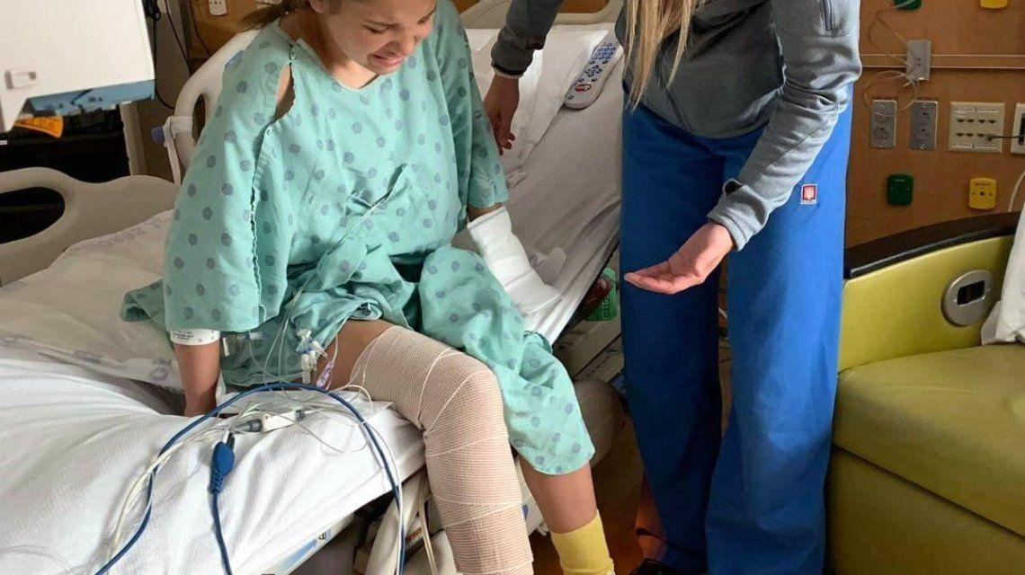 Una nena se fue de vacaciones a la playa y casi pierde la pierna por una bacteria comecarne