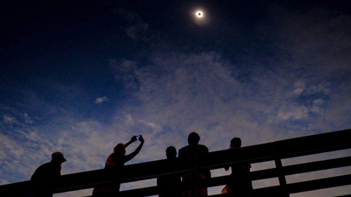 ¿Cómo ver el eclipse por internet?