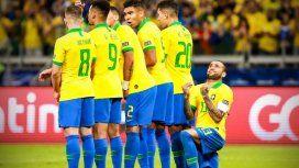 El emotivo mensaje de Dani Alves a Messi tras la derrota de Argentina ante Brasil