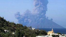 El volcán Estrómboli hizo erupción: un muerto y un herido
