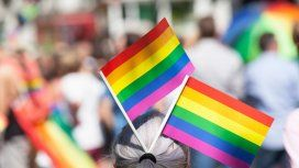 Ataque homofóbico en Barcelona: un hombre insultó y amenazó de muerte a una pareja de lesbianas
