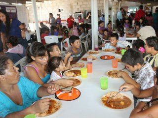 advierten que cuatro de cada diez chicos que acuden a comedores comunitarios estan malnutridos