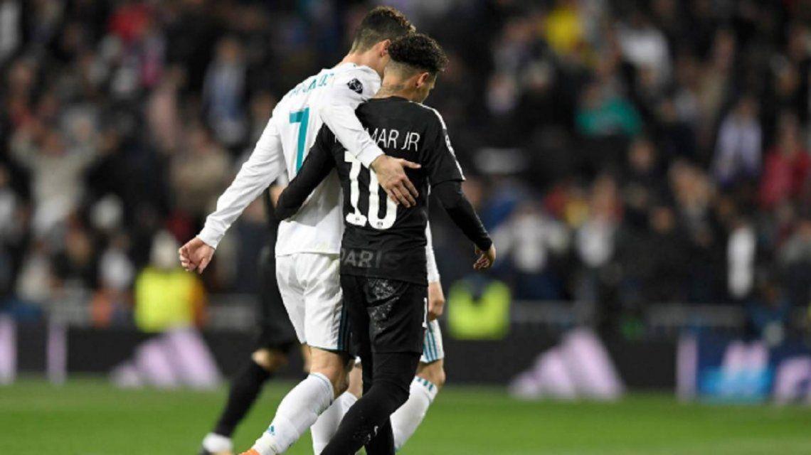 Dejan las canchas para subirse al ring: Cristiano y Neymar se pelean en una publicidad