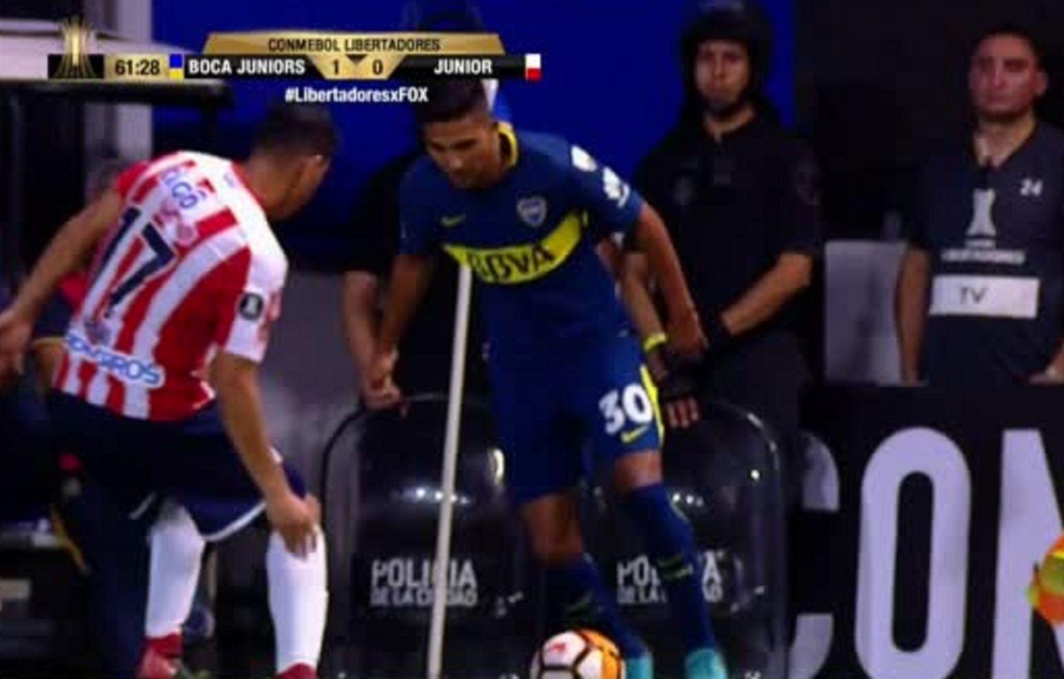 El caño de Reynoso en el amistoso de Boca con Chivas