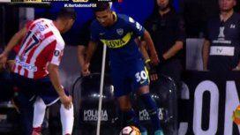 Modo Riquelme: el tremendo caño de Reynoso en el amistoso ante Chivas