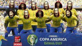 Uno de los memes más retuiteados es el del equipo de Brasil con las máscaras de los ladrones de La casa de papel