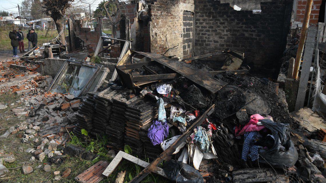 Pilar: cinco chicos de 4 a 15 años murieron al incendiarse su casa