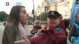 La policía atacó a C5N mientras cubría la represión a organizaciones en el Obelisco