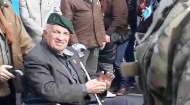 Aldo Rico en el desfile militar por el día de la Independencia