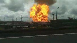 Impresionante incendio destruyó a una central térmica en Moscú: hay un muerto