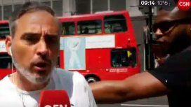 Agredieron al periodista Danny Miche en vivo durante un móvil con C5N