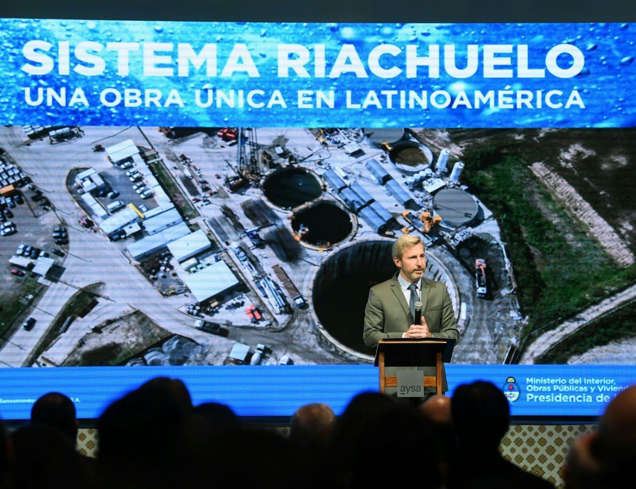Rogelio Frigerio presentó el documental sobre el Sistema Riachuelo