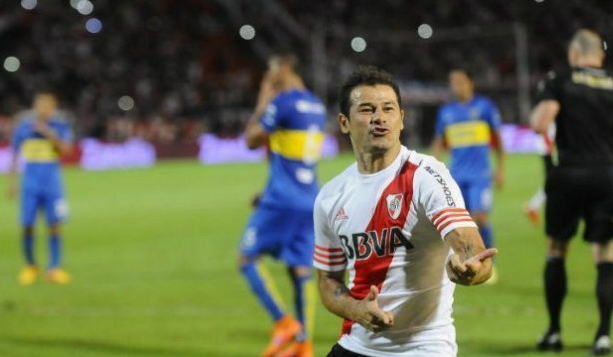 Rodrigo Mora festeja ante Boca