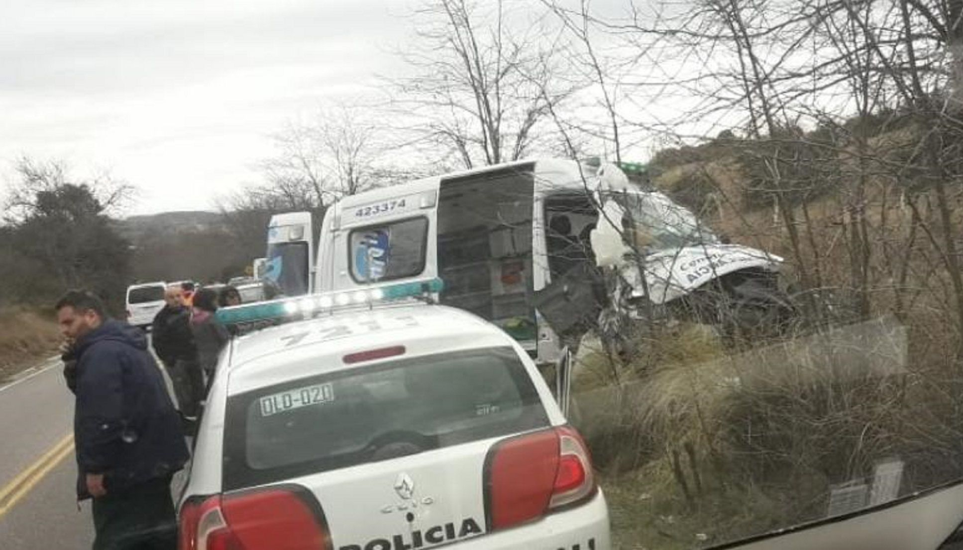 Volcó una ambulancia en Córdoba y murió una paciente