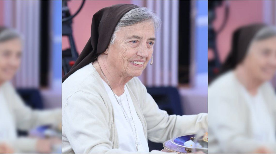 La monja Martha Pelloni estuvo en la mesa de Mirtha Legrand
