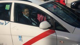 Boca volvió a Madrid y busca ganar la Copa en el TAS: Angelici llegó en un auto blanco y una banda roja