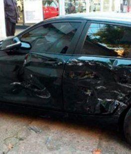 Una mujer encontró a su marido con otra y le chocó seis veces su auto de alta gama