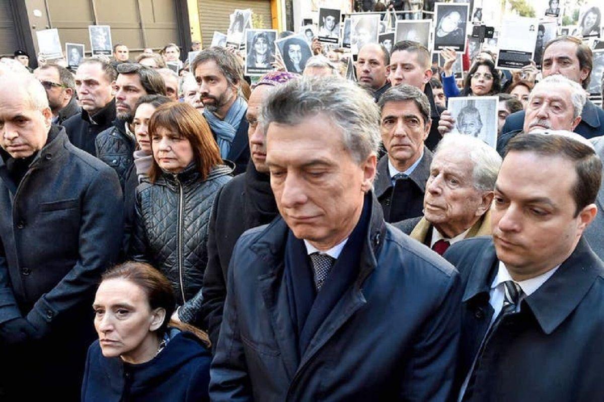 Macri no fue al acto oficial en la AMIA pero hará un homenaje a las víctimas en la Casa Rosada