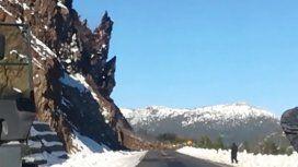 Impresionante desprendimiento de rocas sobre la ruta 40