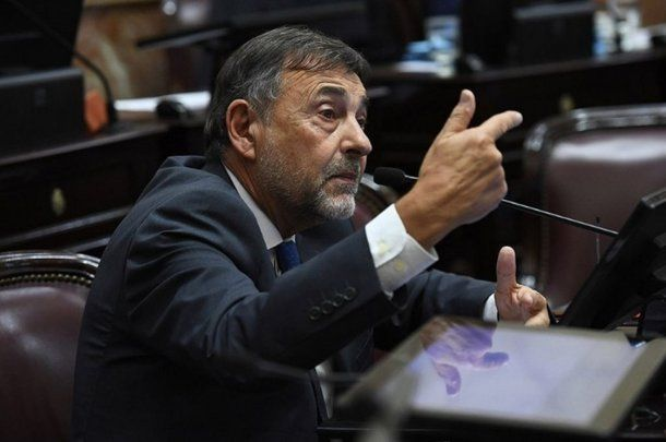 Carlos Caserio, jefe del bloque del PJ en la Cámara Alta