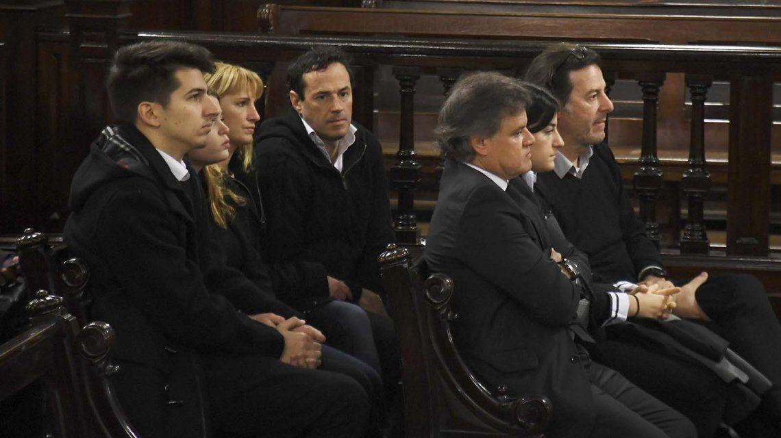 El endoscopista que intervino a Débora Pérez Volpin lloró y dijo que todavía no puede dormir