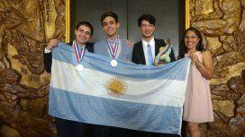 Oro y bronce para los jóvenes argentinos que compitieron en las Olimpíadas Internacionales de Química
