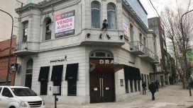 Cerró el histórico bar platense en el que Carrió dejó sólo $5 de propina