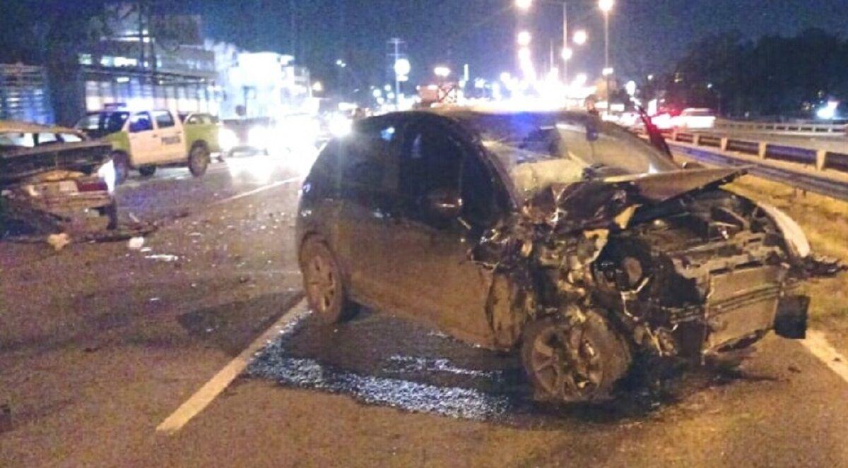 Un futbolista atropelló a un hombre que cambiaba la rueda de su auto en la Panamericana y lo mató
