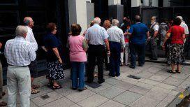 La Defensoría de la Provincia denunció retenciones a jubilados que cobraron el bono