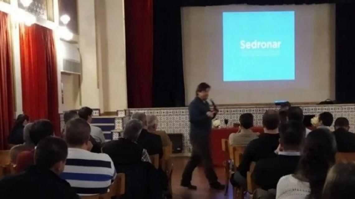San Juan: un empleado de la Sedronar fue borracho a una charla sobre adicciones