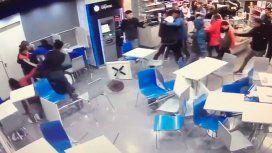 VIDEO: Batalla campal en una estación de servicio de Ezpeleta