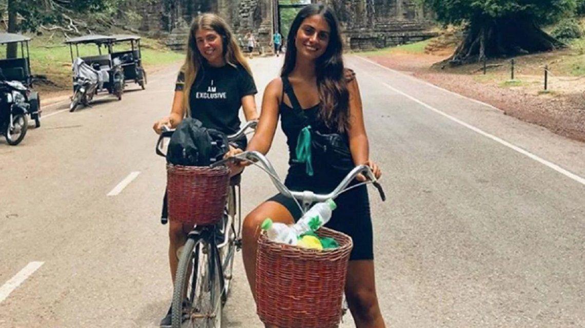 Renata y Leila estaban andando en bici cuando fueron atacados por motochorros.