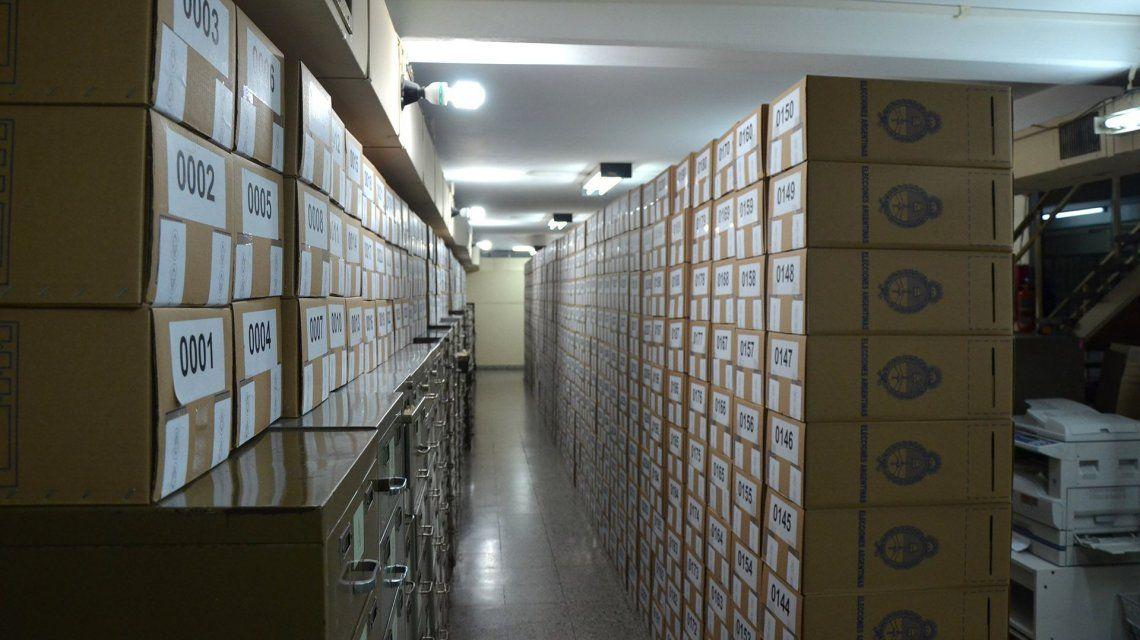 Comenzó la distribución de las urnas para las PASO