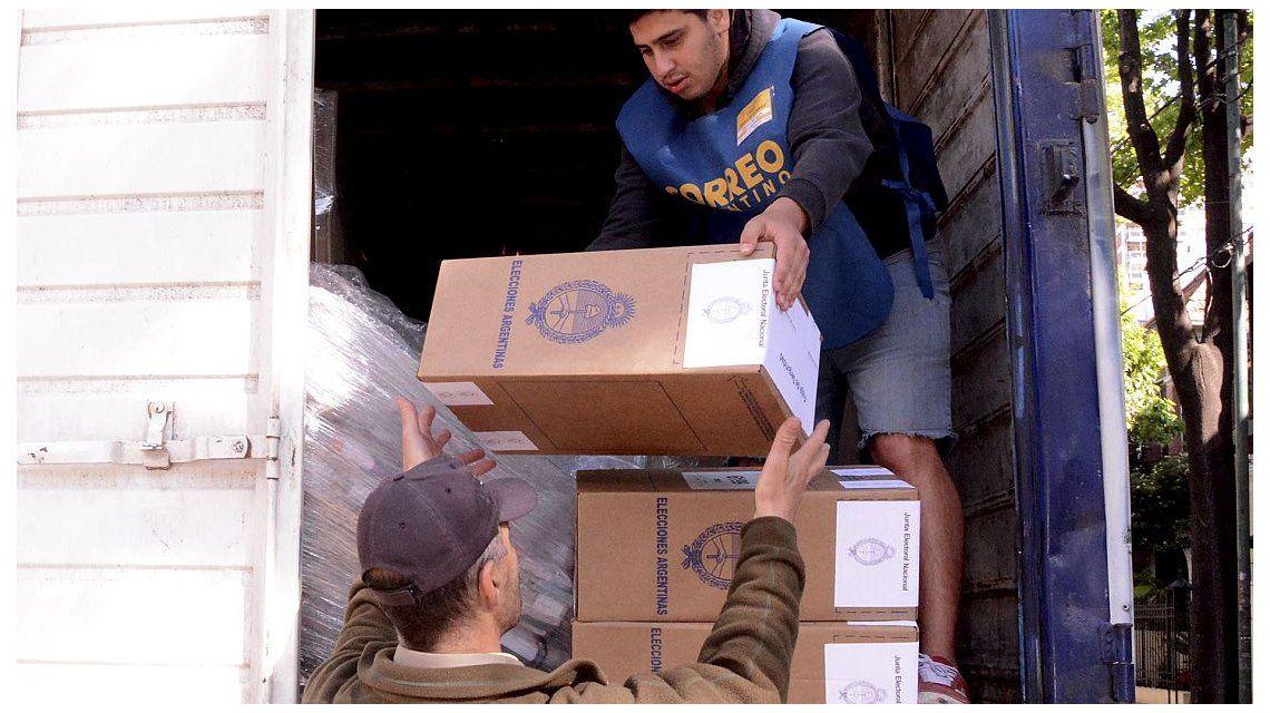 Todo listo para votar en las PASO: las urnas ya fueron distribuidas en todo el país