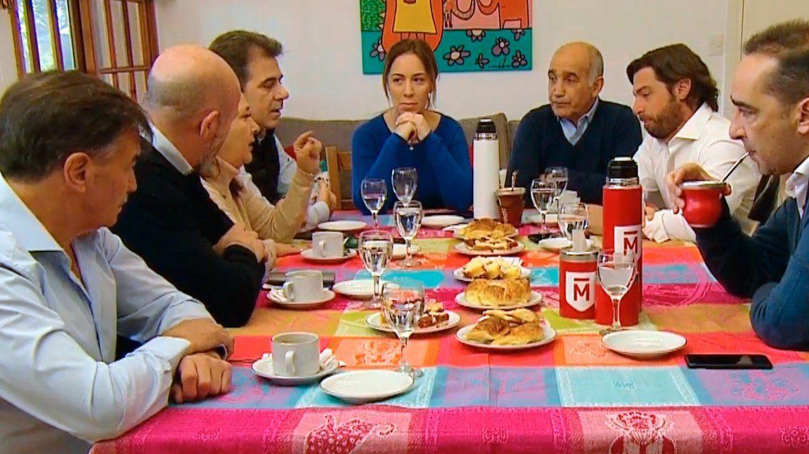 PASO 2019: ¿Quiénes desayunaron con Vidal antes de votar?