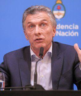 La salida de Dujovne, otra marcha atrás: el lunes Mauricio Macri descartaba cambios