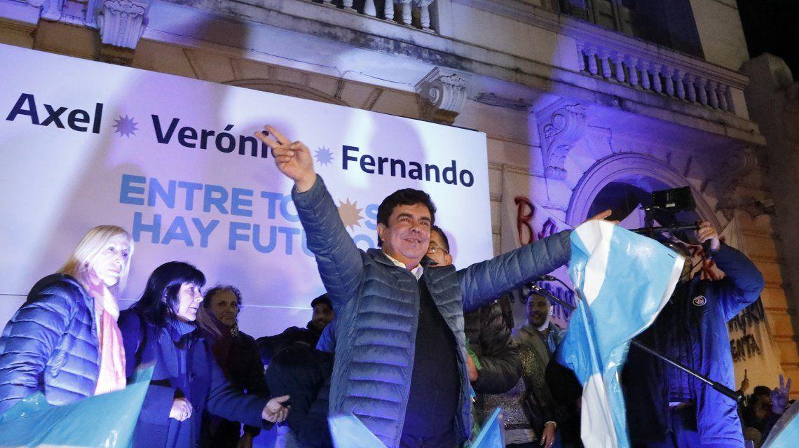 Fernando Espinoza: Basta de grietas, hoy los argentinos vamos todos juntos detrás de una sola bandera